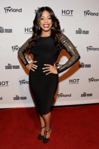 essencecom-niecy-nash-attends-the-tv-land-goes-live