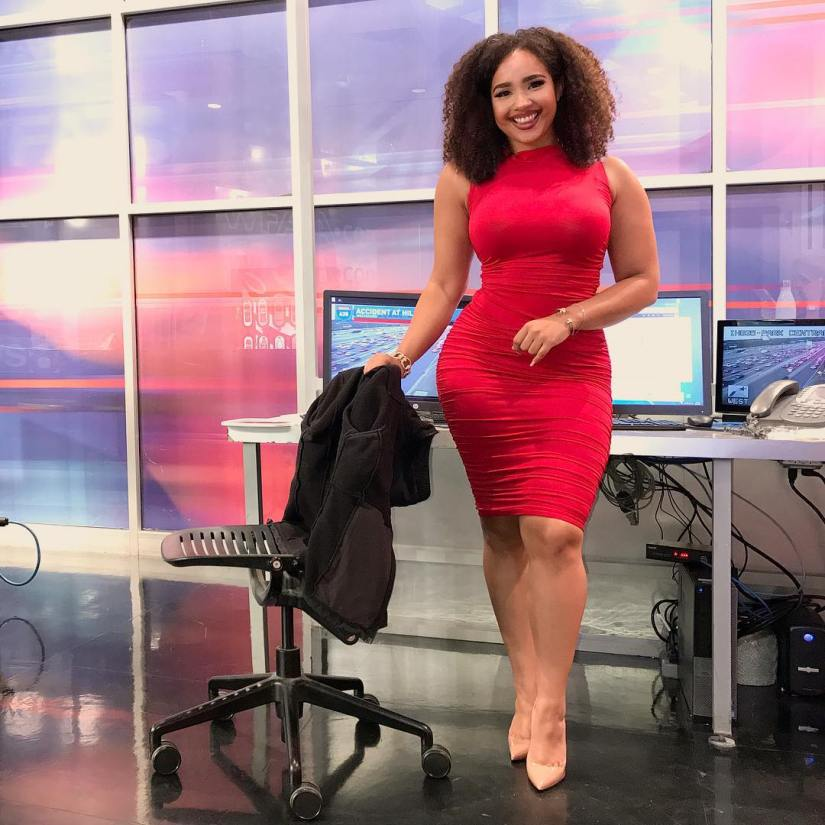 dallas reporter demetria obilor gets criticism over. Black Bedroom Furniture Sets. Home Design Ideas